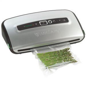 Уред за вакуумиране на храна FoodSaver FFS004X-01